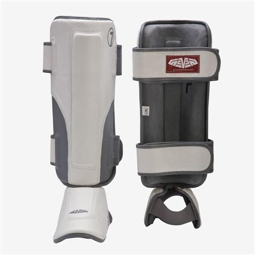 Seven Seven Fightgear Stand-up Shin Guards